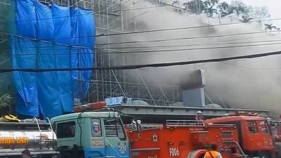 Four killed, some trapped as fire hits hotel in Philippine capital