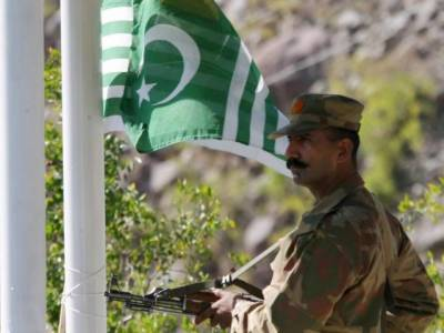 Indian Forces intense shelling at LoC injures 9 civilians