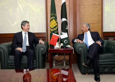 Pak, China resolve to further expand defence ties