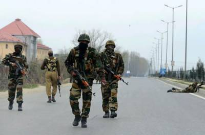 Indian troops martyr two youth in Islamabad district