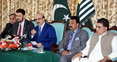 Masood urges UK to play role in resolving Kashmir dispute