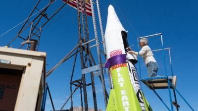 Self taught rocket scientist rockets off himself