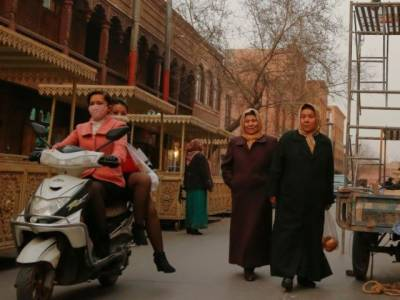 The dilemma of Pakistani men marrying Chinese Uighur women from bordering Xinjiang