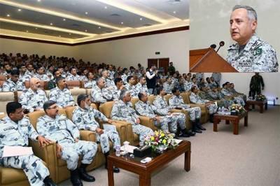 Pakistan Navy Chief warns adversaries of any aggression
