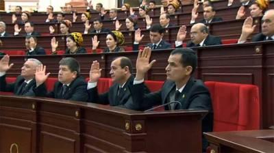 Turkmenistan: Polling underway to elect new parliamentarians