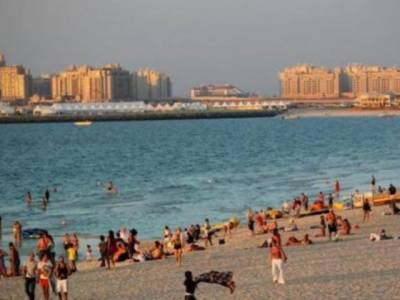 289 people arrested for taking pictures of women at Dubai beaches