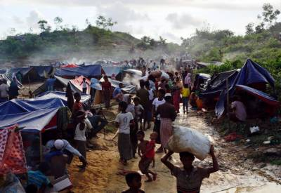 Bangladesh appeals for funds to relocate 100,000 Rohingyas