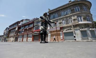 Curfew imposed in Kashmir after the deadliest day of the years
