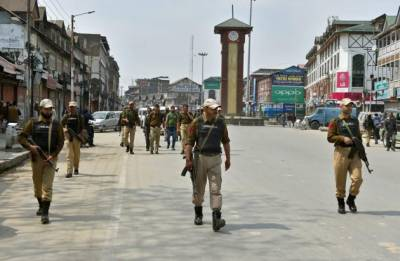 Pakistan to send envoys to select World Capitals over Kashmir cause: Sources