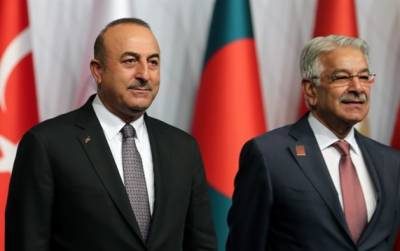 Turkish, Pakistani foreign ministers discuss situation in Indian occupied Kashmir