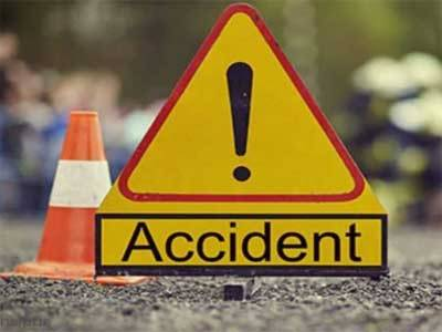 Two laborers killed in Jamshoro road accident