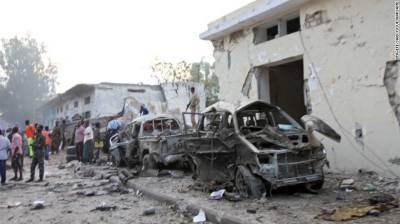 3 killed in pair of suicide car bombings in Somali capital