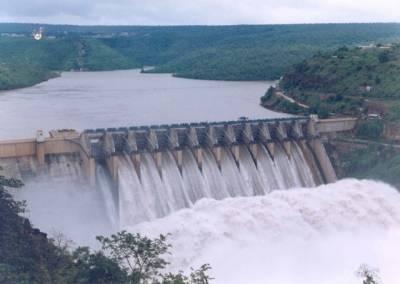 Farmers demand construction of Kalabagh Dam