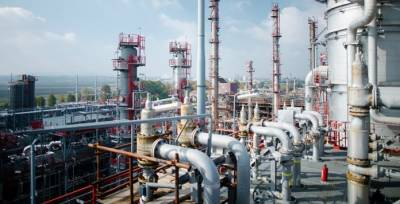 China to setup largest deep conversion oil refinery in Pakistan