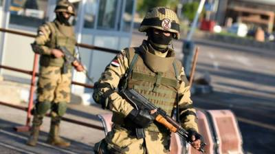 8 security personnel killed in Egypt