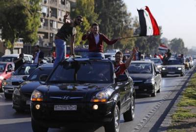 Damascus residents defiant after Western strikes