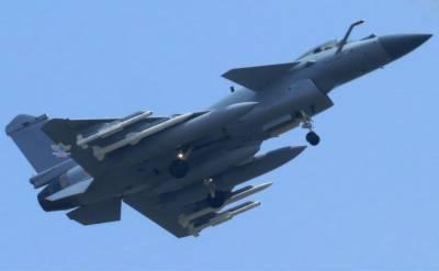 China's indigenous built stealth fighter Jet J-10C enters combat service