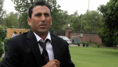 Yunis Khan is a national hero and must be treated like that by PCB