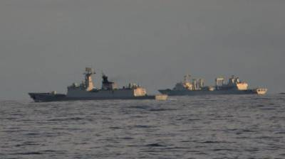 Indian - Chinese Navy warships criss cross in Indian Ocean