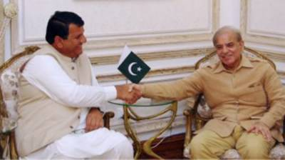 Shahbaz, Muqam discuss overall political situation
