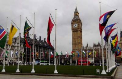 Indian flag taken down at London Parliament square, replaced with Kashmir and Khalistan flag by protesting groups