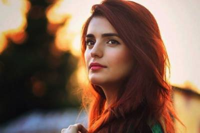 Momina Mustehsan hits out hard at Ali Zafar, says I too have been subjected to same