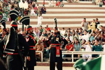 Pakistan cricket team witnessed flag lowering ceremony at Wagah Border