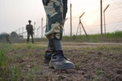 Indian Army 7 soldiers killed, wounded on way to a counter insurgency operation