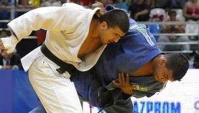 Pakistan Judo team wins gold at South Asian Championship