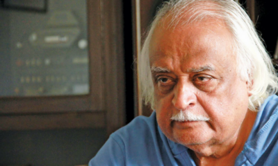Anwar Maqsood in hot waters over controversial comedy