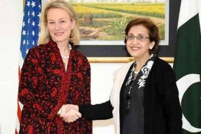 Pakistan takes a firm stance with top US diplomat, refuse to budge before pressure