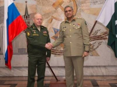 India irked as Pakistan Russia Military Chiefs vow to become partners