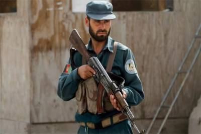A suicide bomber blows himself up in Kabul after being targeted