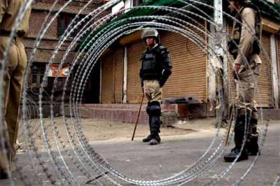 Curfew in Occupied Kashmir after martyrdom of 10 youth by Indian Army