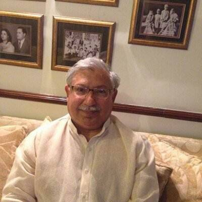 Former PTI member Sardar Kamil Umar, brothers join PMLN