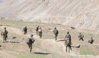 Afghan Taliban siege another strategic district in Afghanistan: Officials