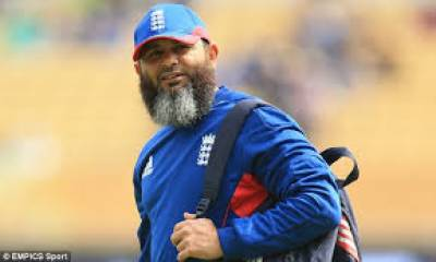 Pakistan's Mushtaq Ahmed appointed as foreign country bowling coach