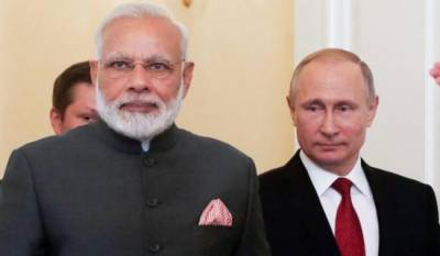 Russia to make strategic shift to Pakistan as India makes bonhomie with America: Report