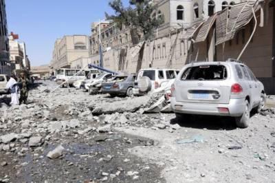 Saudi warplanes destroy Yemen Presidential Palace