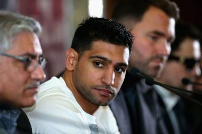 Amir Khan fulfils his promise of working for Pakistan