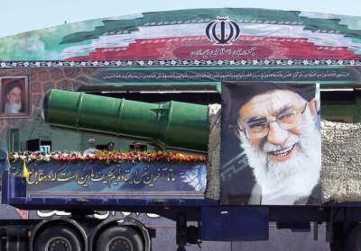 Pakistan decides to fully stand with Iran after US withdrawal from nuclear deal