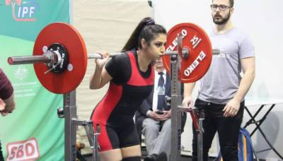 Pakistani-Australian power lifter Maryam Nasim clinch medal at international event
