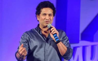 Sachin wanted to quit cricket after facing Wasim, Waqar on debut