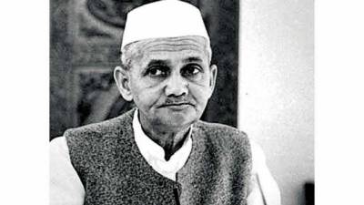 Was Indian PM Lal Bahadur Shastri assassinated in USSR by Indian military establishment?