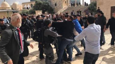 Over thousand Israeli storm Al Aqsa mosque in occupied Jerusalem