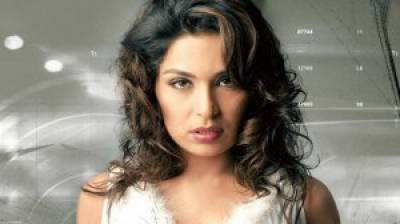 Actress Meera finally breaks silence, reveals 3 reasons for leaving Pakistan