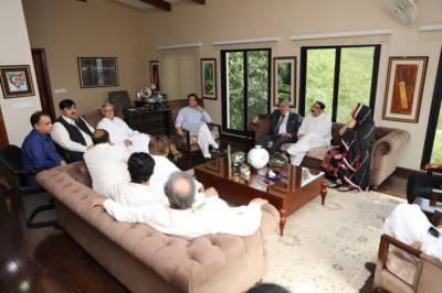 In a big setback, A dozen of lawmakers from PML N Punjab joins PTI