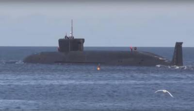 (VIDEO): Russia shows World the military power: Fires submarine based Nuclear ICBM salvo