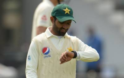 Why ICC has warned Pakistani players over smart watches?