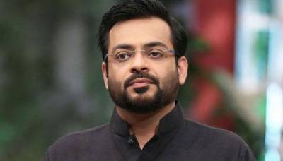 Dr Amir Liaqat Hussain in hot waters yet again